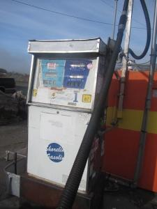 Gas pump circa?
