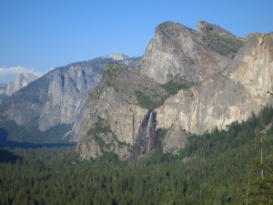 Yosemite Valley from end of tunnel