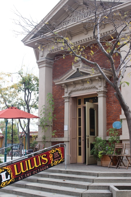 Lulu's coffee place