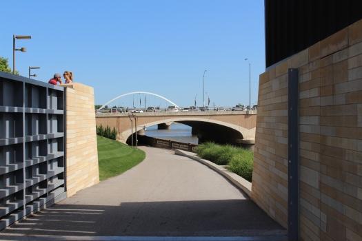 Des Moine Riverwalk
